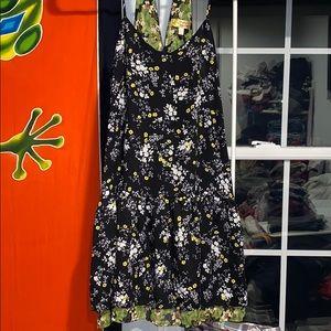 Vera wang open back dress